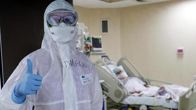 Koronavirüsü Yenen Doktor, Yoğun Bakımda İş Başı Yaptı