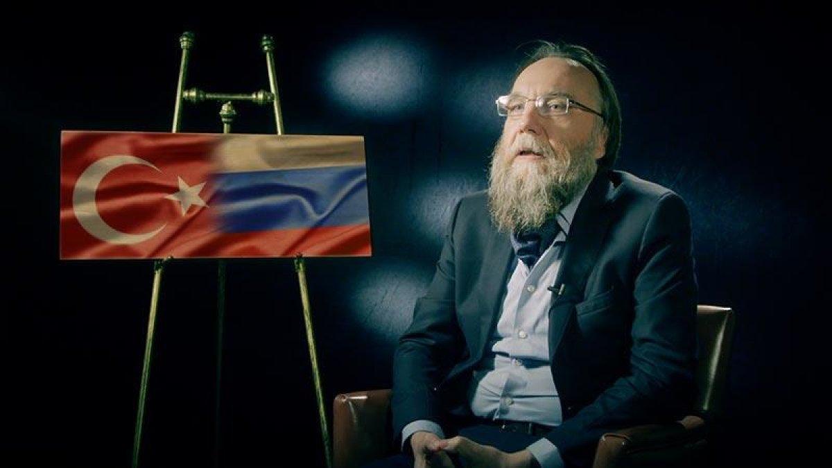 Dugin: Libya'da Fransa'ya karşı Türk-Rus işbirliği