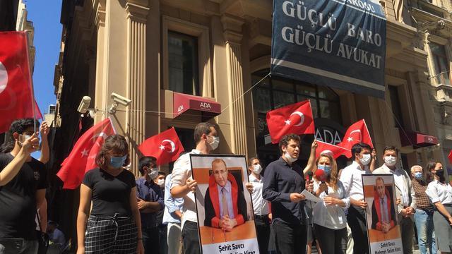 Mehmet Selim Kiraz Ruhuyla Terör Örgütünü Destekleyenlerin Ensesindeyiz!