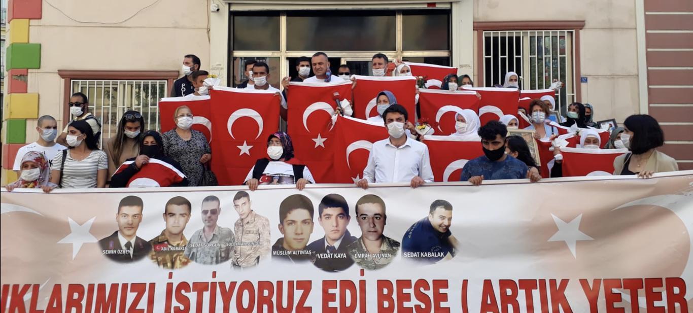 Anneler Kahraman, PKK Çaresiz