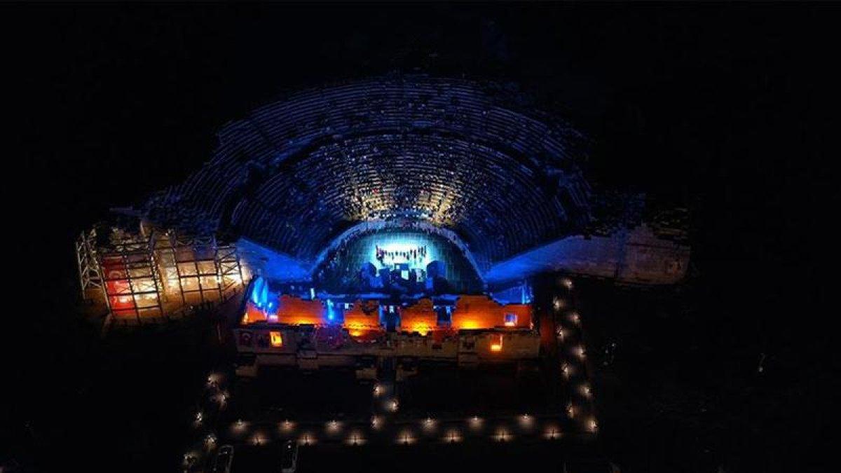 Patara Antik Kenti'nde Restorasyon Sonrası İlk Tiyatro Gösterisi