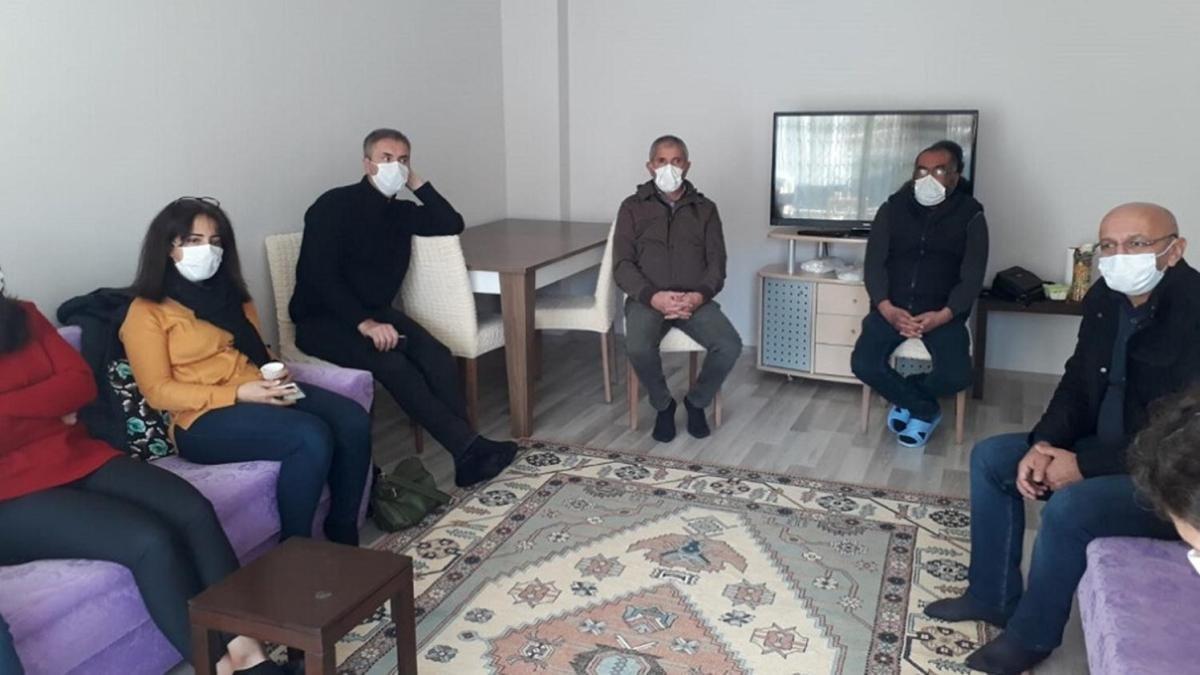 HDP'den PKK'lı Teröristin Ailesine Taziye Ziyareti!