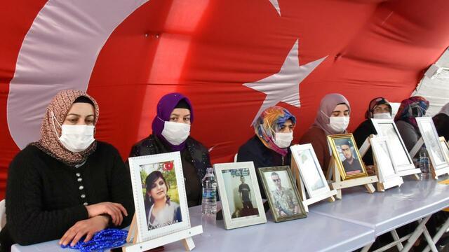 PKK'dan Kaçıp Teslim Olanların 388'i Çocuk!